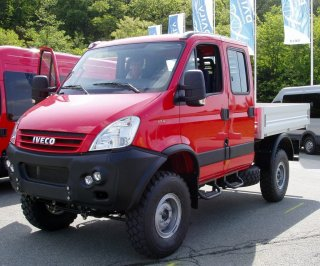 2007_Iveco_Daily_4x4.jpg