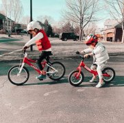 Balance-Bikes-Post-5-and-3-years-old-on-bikes-Brunette-on-a-Mission-Blog-1024x1019.thumb.jpg.536c7af40ee7a214571a27766993ba7a.jpg